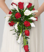 Cascading Bouquet of roses & mini callas