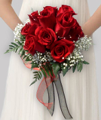 Clutch bouquet of roses